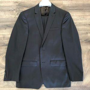 DKNY 38R Suit
